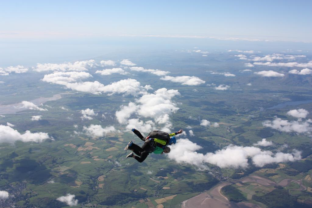 2. Nicolle levelling out during her skydive
